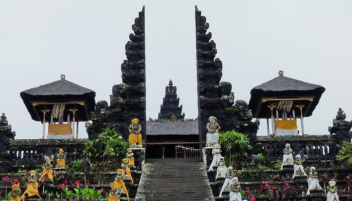 paket tour di Bali 6 Hari